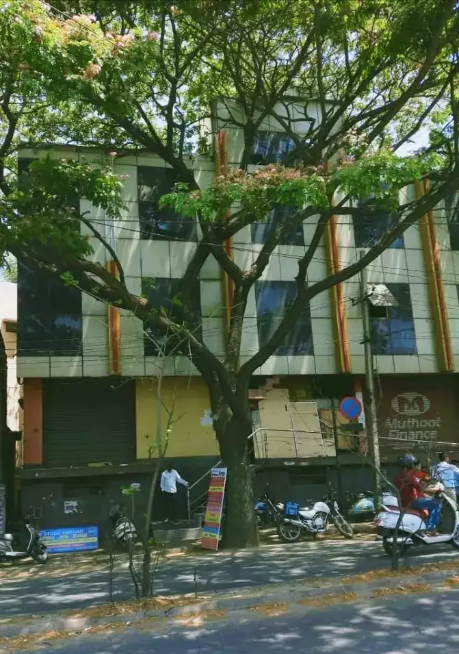 COMMERCIAL BUILDING FOR RENT IN MAGADI ROAD